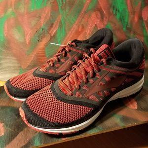 brooks revel running shoes 13 new